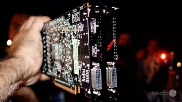 AMD-Radeon-R9-290X-Hawaii_XT_05