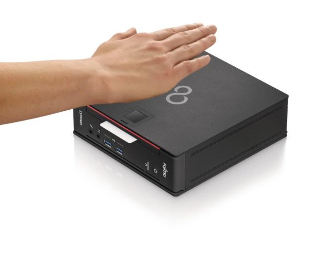 37361_FUJITSU_Desktop_ESPRIMO_Q956_-_Flexible_bay_with_SmartCard___PalmVein_sensor_lpr