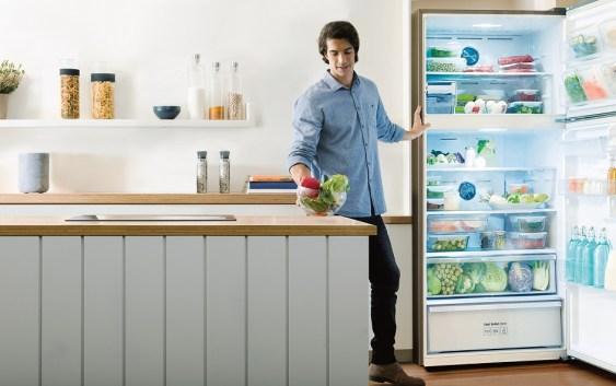 Con intervención del diseñador Alberto Montt, Samsung presentó nuevos productos de línea blanca