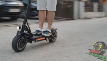 FLJ T113 11inch Off Road Electric Scooter Riding 3