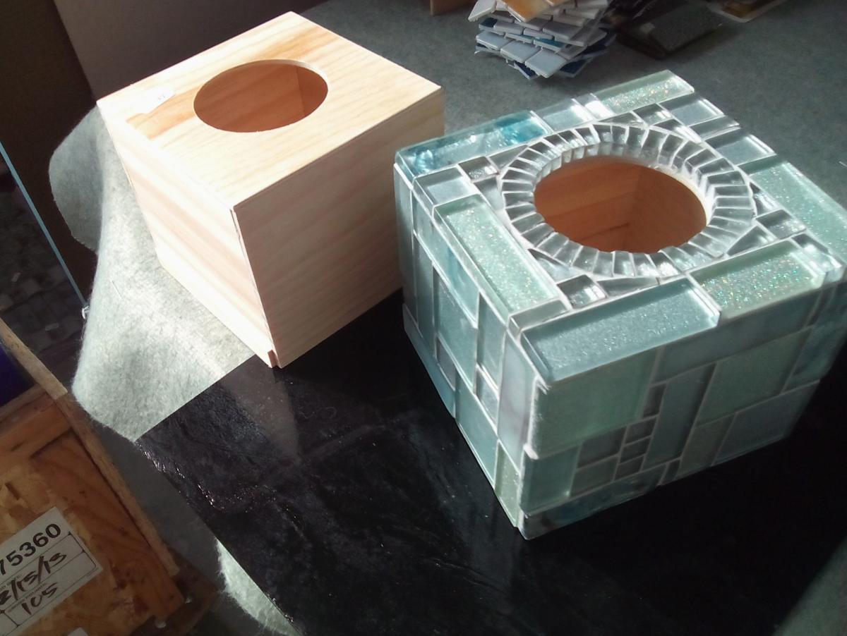 Boite A Mouchoir Cube Carre Boite A Mouchoir Cubique A Decorer Ou Faire Une Mosaique