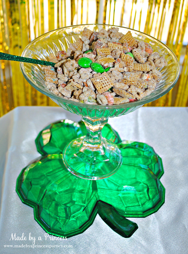 Kids St Patricks Day Party Ideas Lucky Charm snack mix
