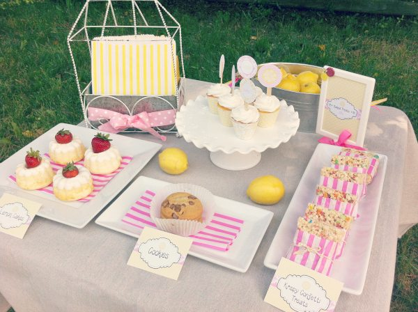 Baked Sweets Table_Lemonade Stand