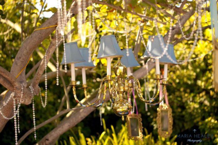 Marie+Antoinette-chandelier.jpg