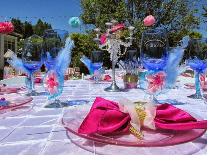 Marie+Antoinette-table-setting.jpg