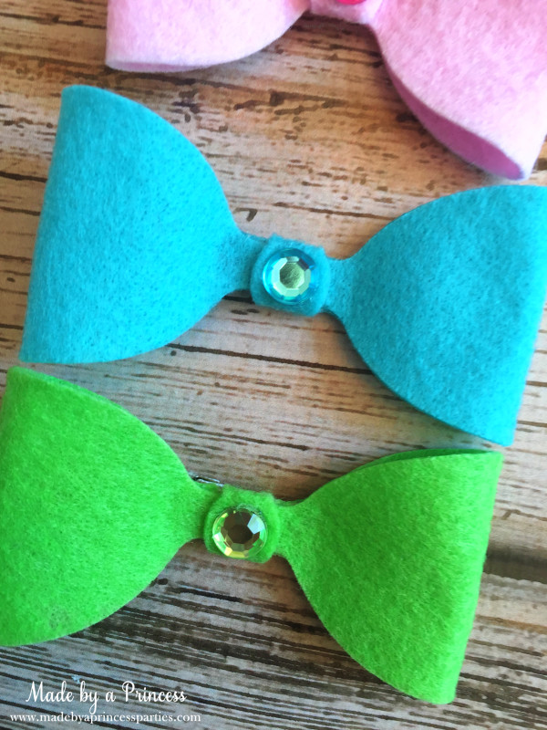 sizzix felt hair bow blue green