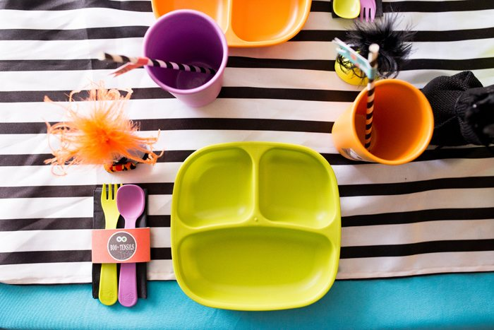 monster mash party ideas place setting