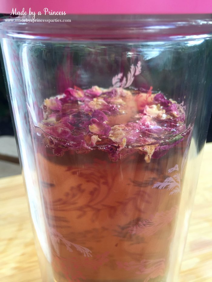 libre tea travel infuser steeping with rose leaves
