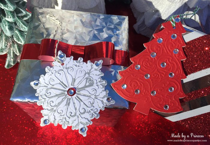 sizzix festive blog hop wrapping paper gift tags snowflake and tree