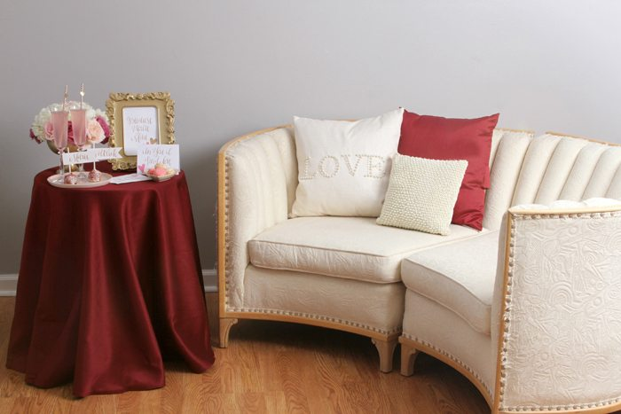sweethearts treats for two loveseat