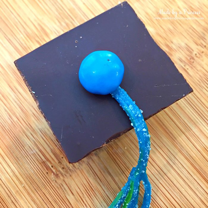 candy graduation cap cupcake toppers finished cap