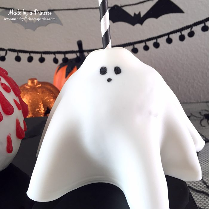 yummy-spooky-halloween-apple-treats-creepy-ghost-make-great-favors