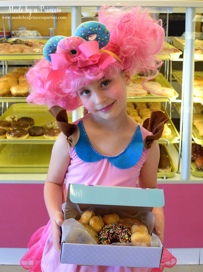 diy-shopkins-shoppie-halloween-costume-donatina-in-front-of-the-donut-case