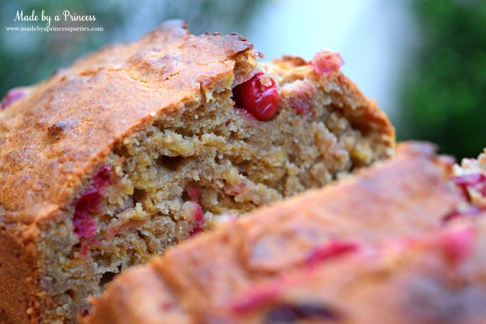 holiday-cranberry-honey-almond-banana-bread-with-fresh-cranberries