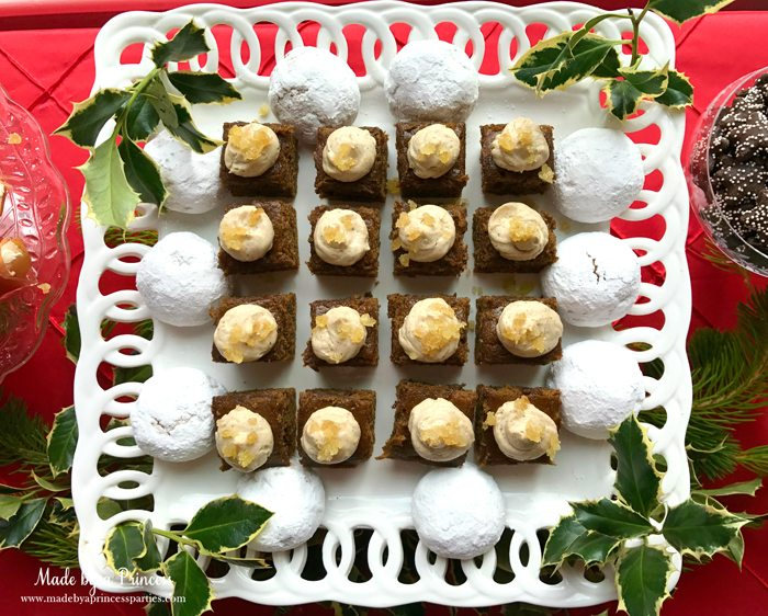 budget-friendly-holiday-mimosa-bar-party-gingerbread-and-cookies