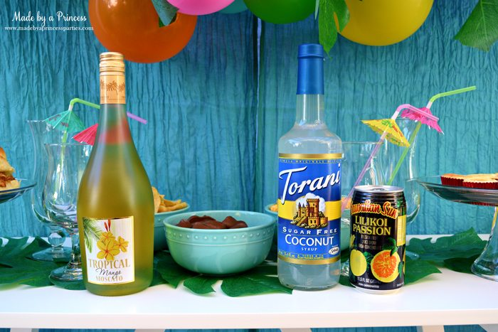 disney-moana-movie-inspired-party-tropical-drink-supplies