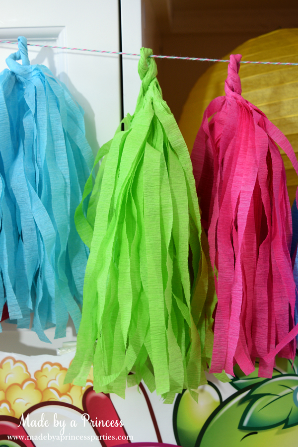How to Make Tassel Garland with Crepe Paper. Can be made in a variety of colors and lengths
