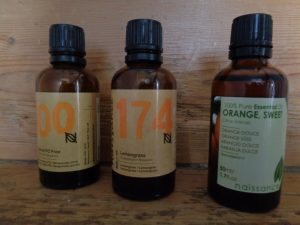 essential oils | herbal remedies | hedgerow medicine | Kent | London | south east