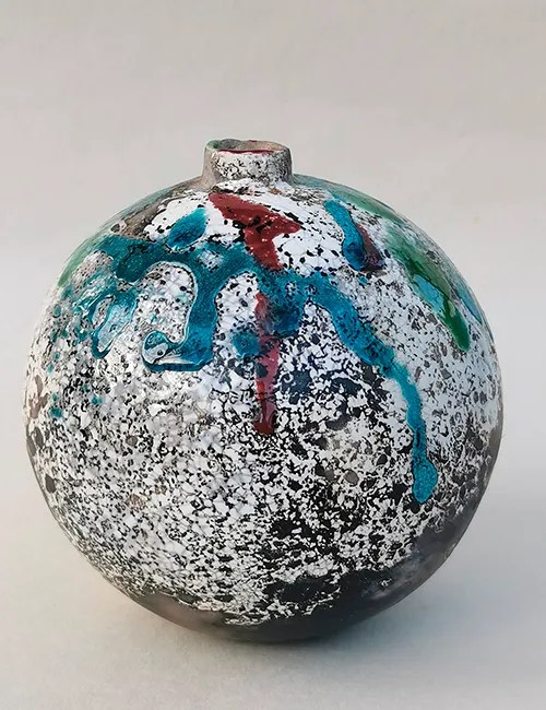 Moon Jar by Debbie Page ceramics Yellowshed Pottery