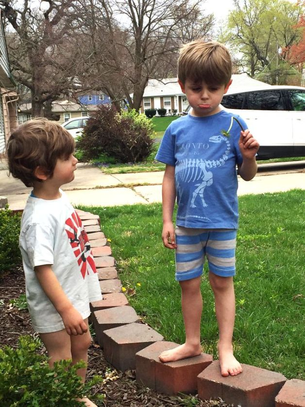 boys-daffodil-resized