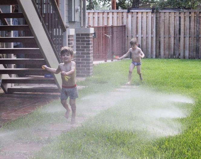 boys-sprinkler-resized