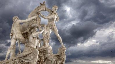 Il Toro Farnese nella Tempesta