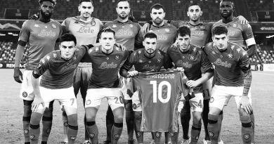 """Nel """"day after"""" il Napoli batte il Rijeka (2-0), ma il pensiero è tutto per Maradona"""