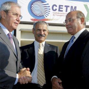 Da esquerda para a direita, o presidente da Junta, Emlio Pérez Touriño; o delegado do Governo espanhol na Galiza, Manuel Ameijeiras; e o presidente da patronal espanhola, Gerardo Díaz Ferrán