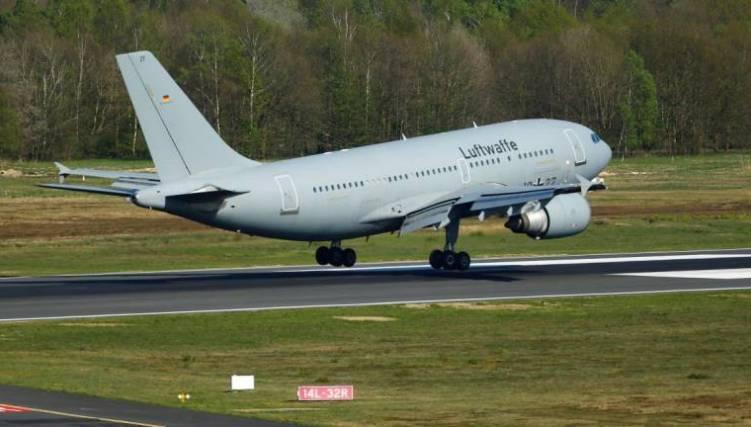A look inside the German Air Force Plane - Madeira Island News Blog