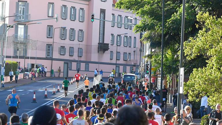 Traffic changes due to the Funchal Marathon generate several criticisms