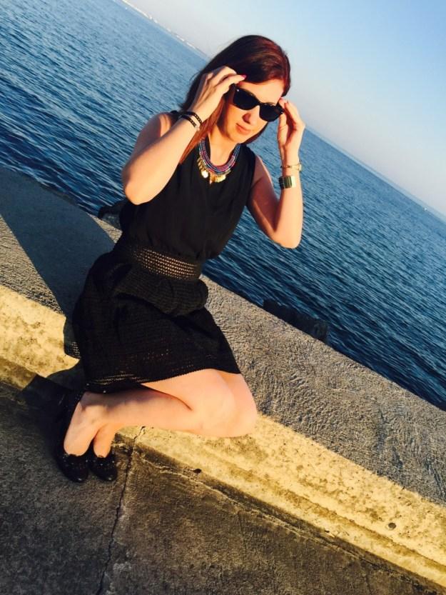 Ma petite robe noire détails lunettes de soleil