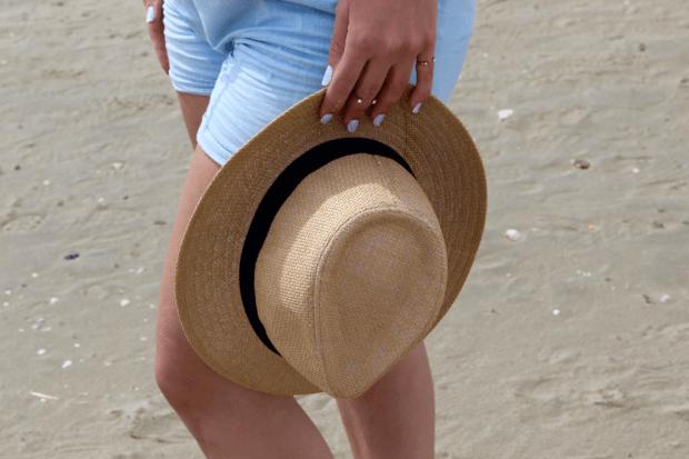 combishort jean détails chapeau_mademoiselle-e