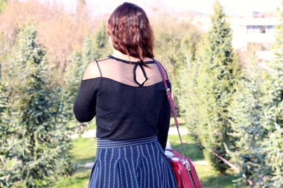 Jupe maje pull nafnaf dos mademoiselle-e