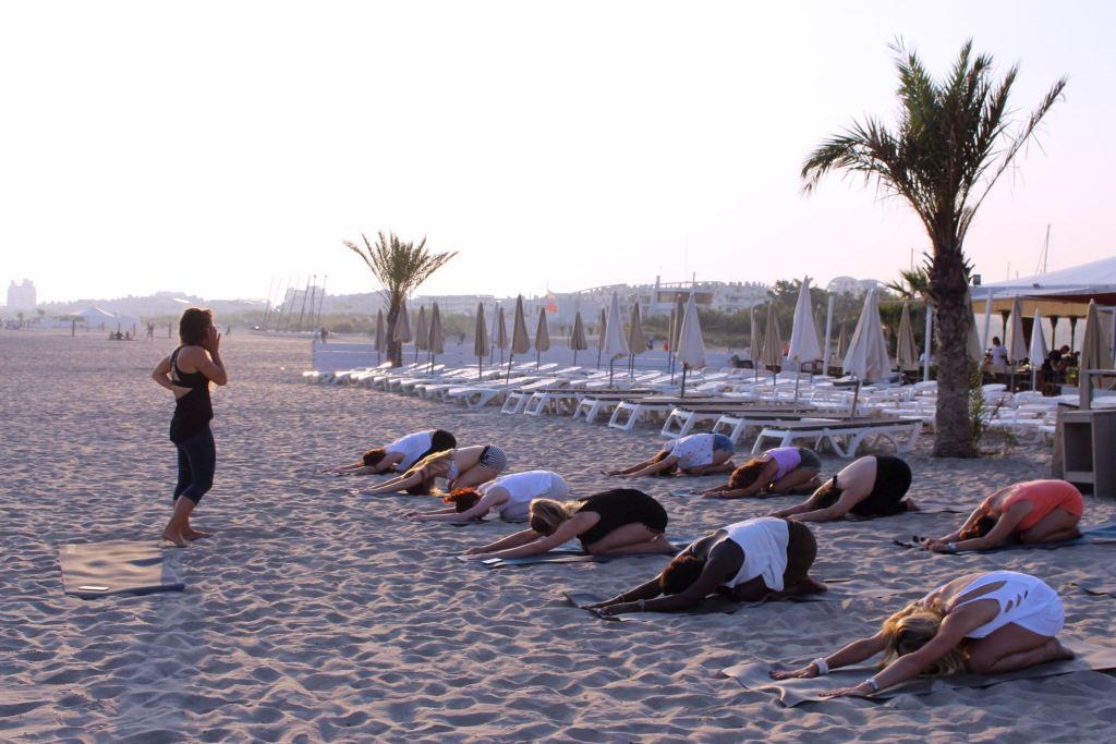 Grand Plage Boheme yoga cours 2 mademoiselle e
