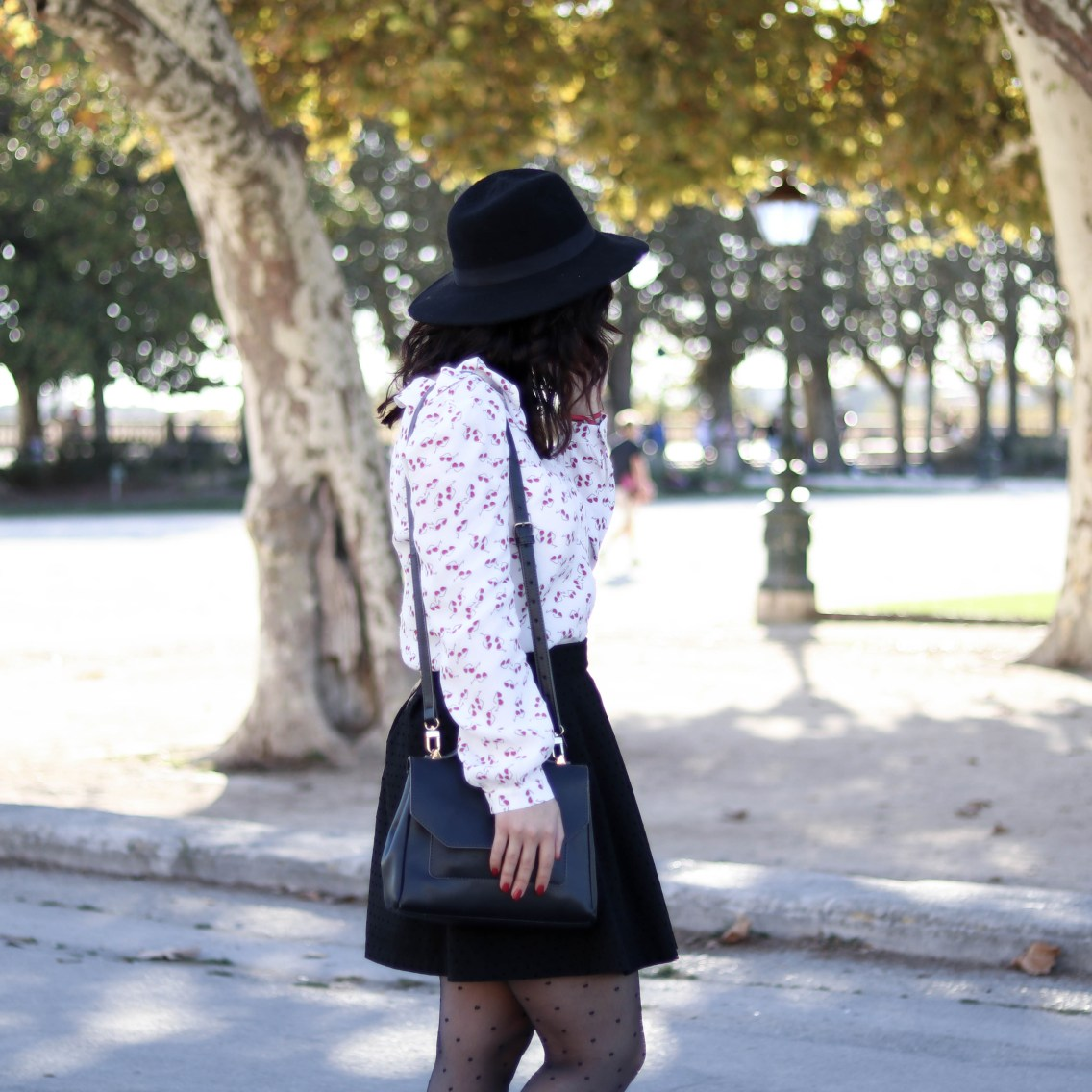 Trench rouge tendance 25 mademoiselle-e
