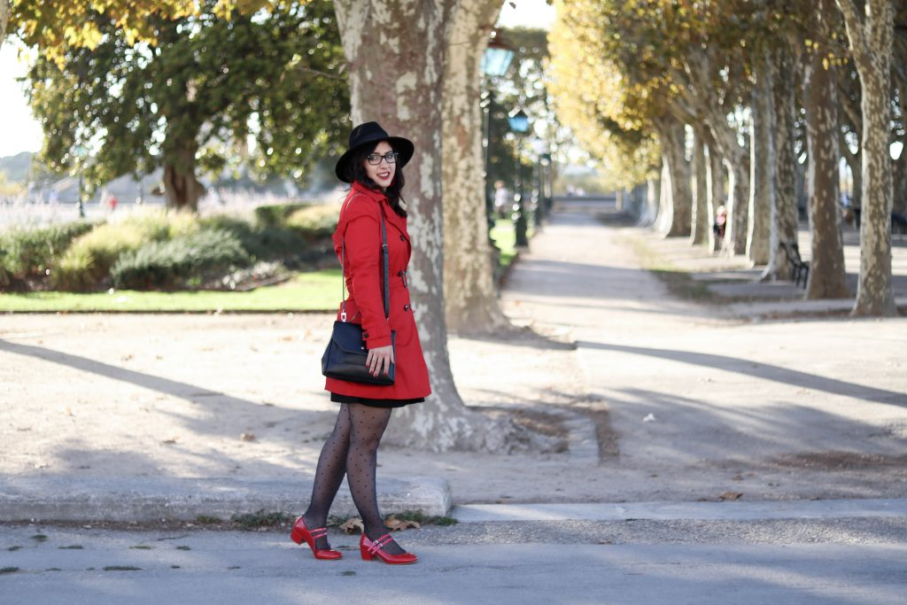 Trench rouge tendance 35 mademoiselle-e