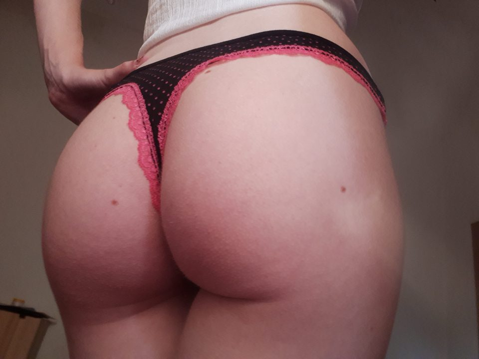 I sell these black and pink used thongs