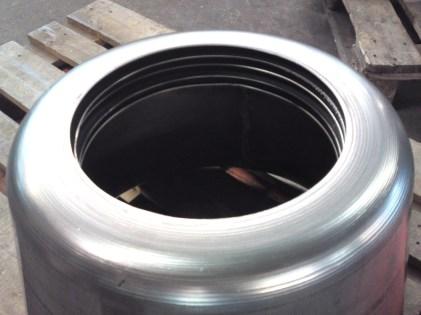 Metallverarbeitung Edelstahl drücken