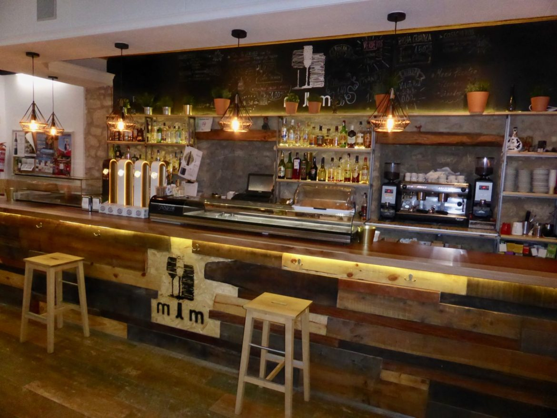 Bar los Monteros