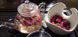rosebud-tea-2-600x285