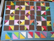 Beim Zusammenstellen der Sterne habe ich mich bemüht, die Farben möglichst zufällig zu verteilen.