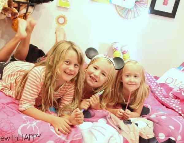 Minnie Mouse Bowtique Slumber Party