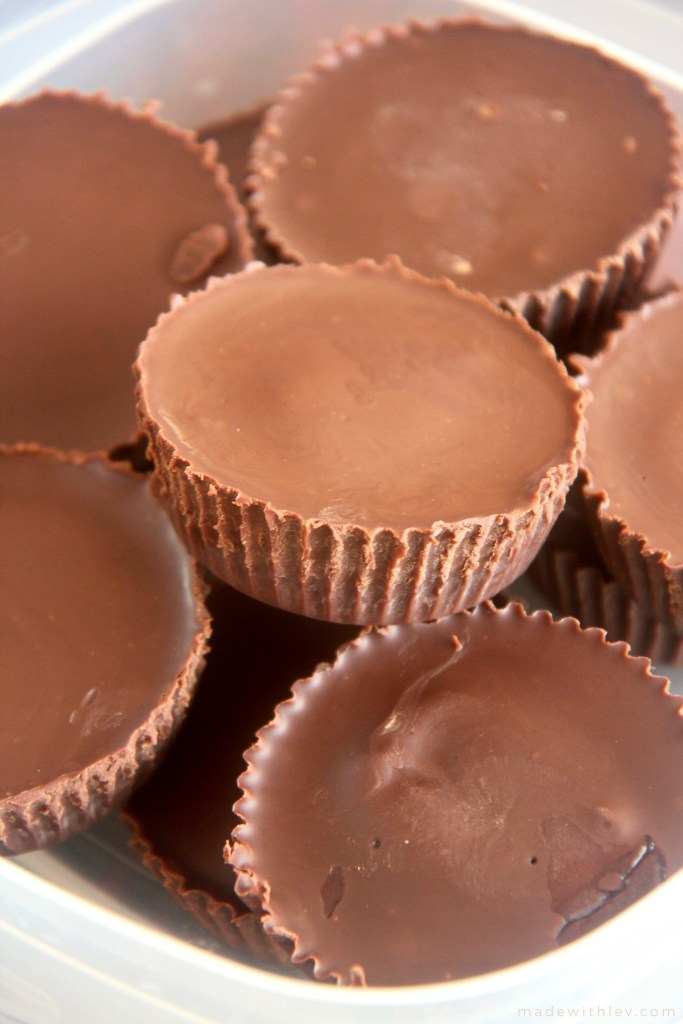 Homemade Peanut Butter Cups. A special treat that is worth every single solitary second spent making them. #peanutbuttercups #chocolatepeanutbutter #dessert #sweets #cookingfromscratch #vegan #allergyfriendly #dairyfree #chocolate