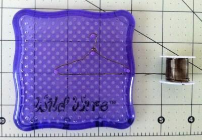 Miniature Bead Wire Hanger