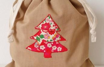 Mad For Fabric - Liberty Applique Drawstring Bag