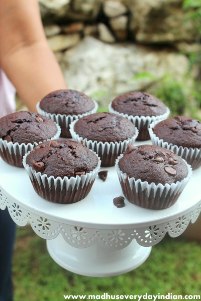 moist chocolate cupcakes recipe, perfect for birthday parties or holidays.