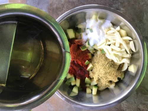 learn how to make mango pickle or avakaya