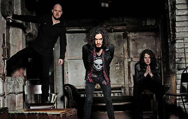 RAVENEYE Debut on Billboard's Heatseekers Chart