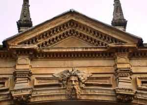 Bath stonework
