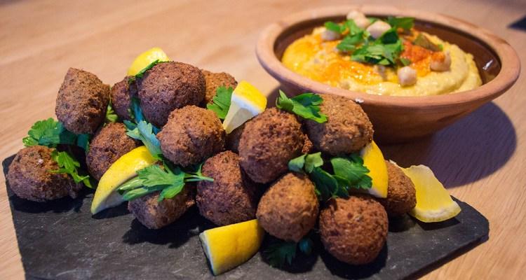 Falafel med hummus